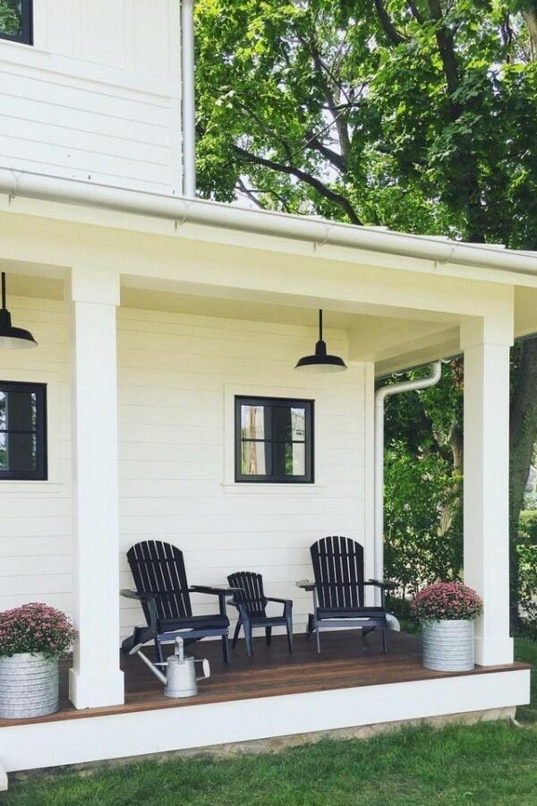 Ranch style porch Inspiration