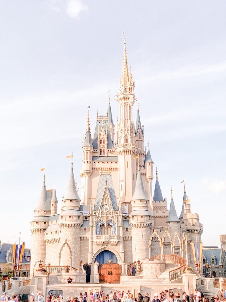 A Complete guide to bringing your toddler to Disney World